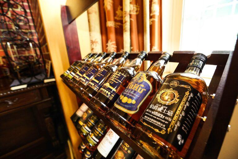 Jak správně archivovat kvalitní rum a whisky